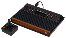 800px-Atari-2600-Wood-4Sw-Set
